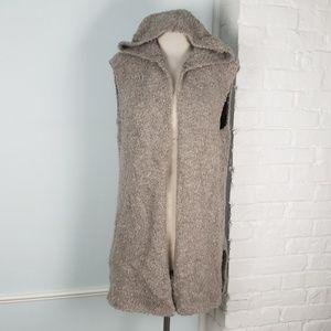Aerie hooded vest